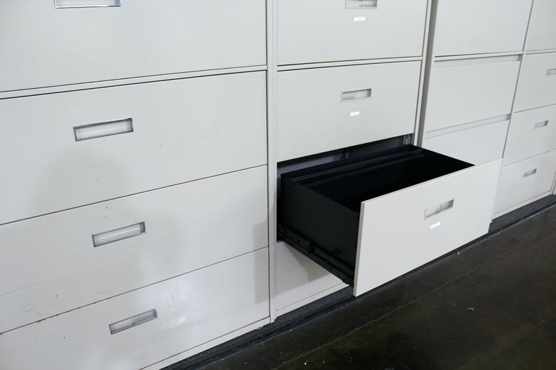 Steelcase 5 Drawer Lateral File Cabinet